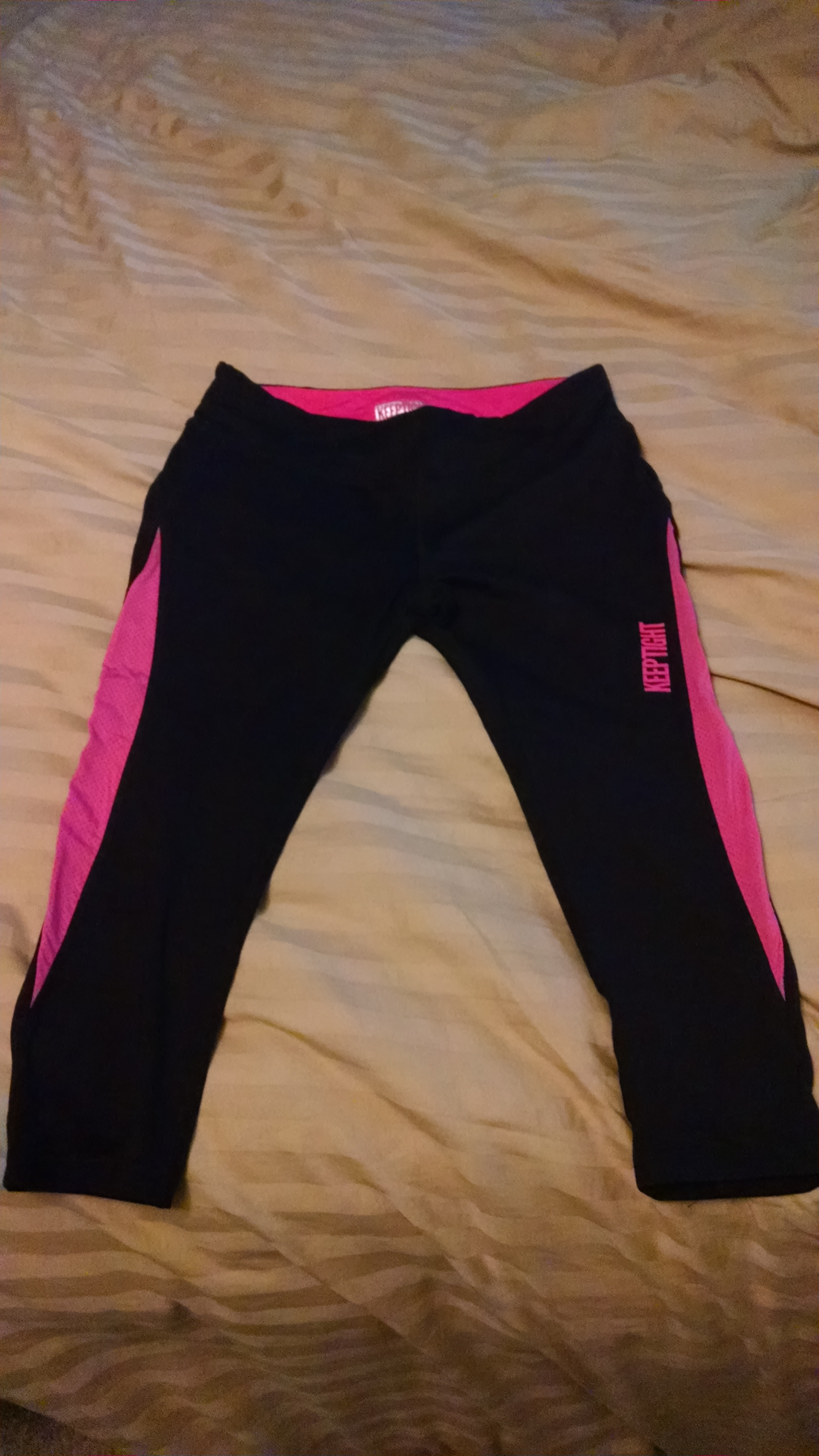 KEEPTIGHT WindBlade Performance Capris
