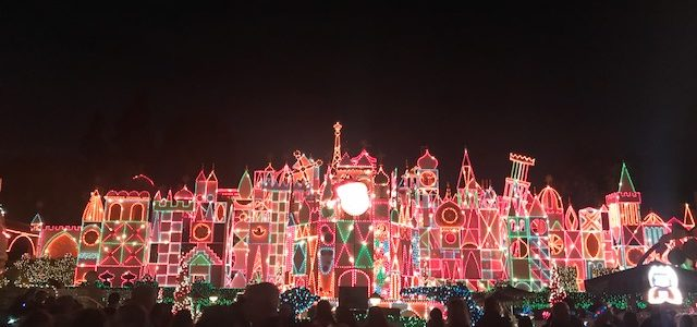 Top 5 Tips – Holiday Festivities at Disneyland
